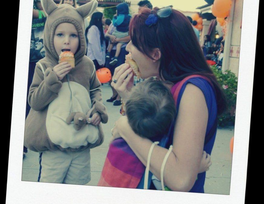 Cupcakes and Babywearing